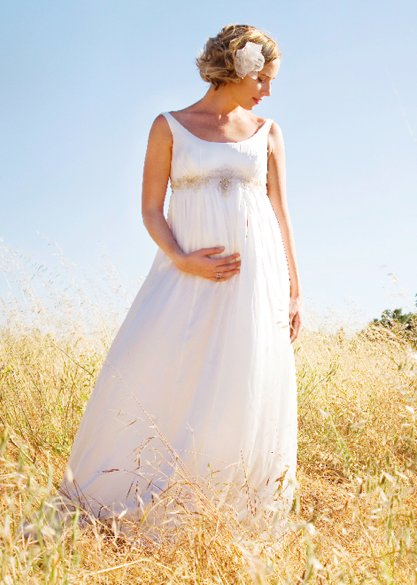 maternity-wedding-dresses-3